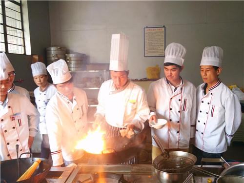 面点厨师培训学校信息,厨师