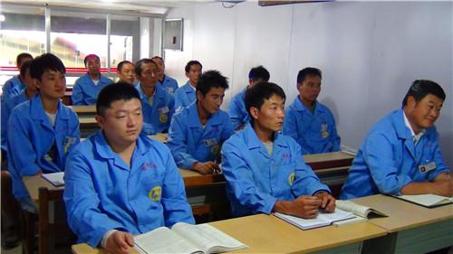 云南专业焊工「云南先科职业培训学校供应」