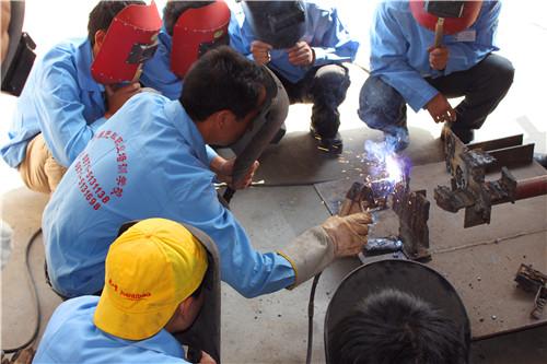 昆明焊工技术培训学校,焊工