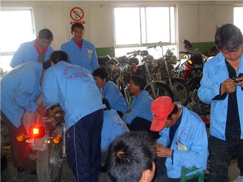 昆明正規的電動車維修技術培訓學校 云南先科職業培訓學校供應