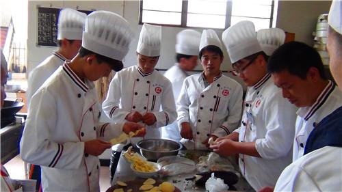 昆明特色烧烤培训班 服务为先 云南先科职业培训学校供应