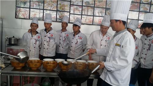 昆明面点小吃培训价格 客户至上 云南先科职业培训学校供应