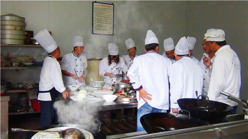 昆明面点小吃班需要多少钱 信息推荐 云南先科职业培训学校供应