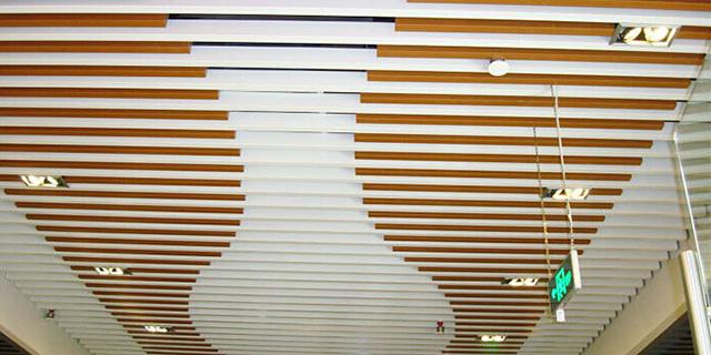宣城软膜灯箱推荐 诚信为本 蚌埠经济开发区三维扣板广告材料供应