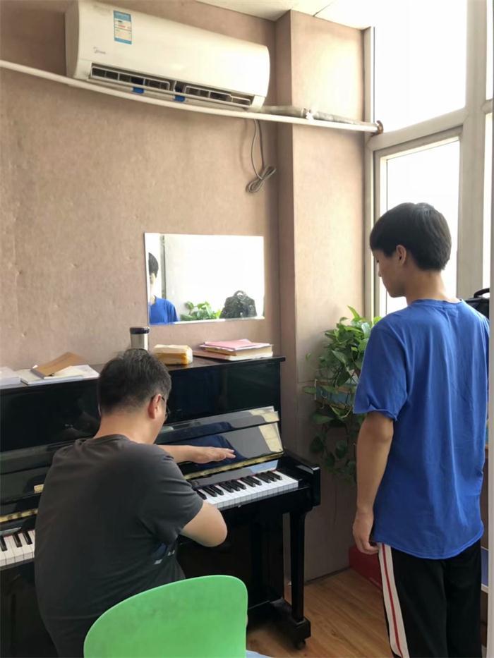 平顶山艺考表演培训 信息推荐「河南河大艺考教育科技供应」