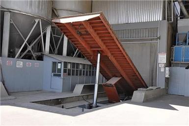 天津液压集装箱卸料平台性价比高