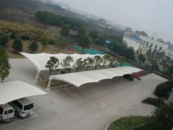 杭州车库雨棚「苏州港新膜结构供应」