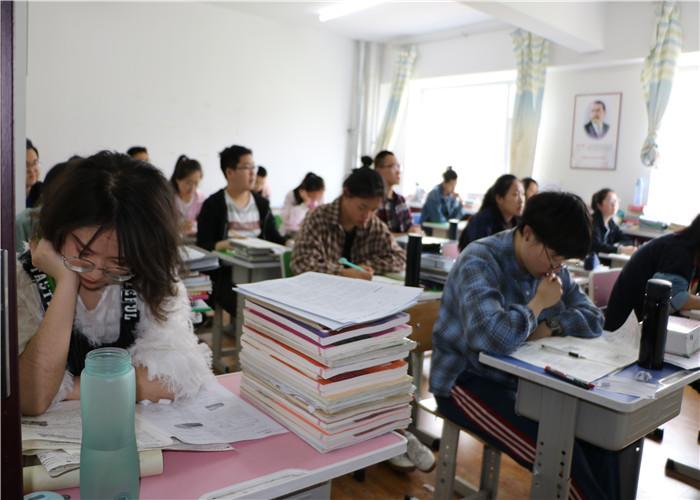 皋蘭高考輔導 值得信賴 蘭州會師教育研究推廣供應
