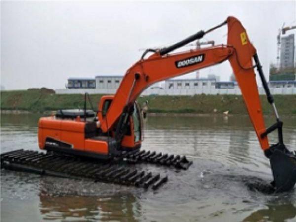 沙洋湿地挖掘机租赁,挖掘机