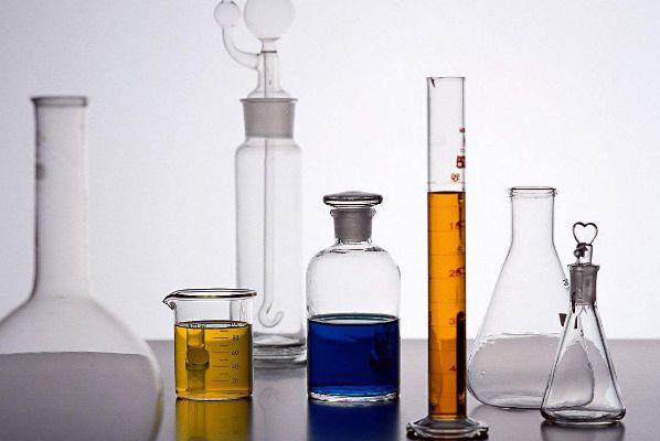 东营玻璃实验仪器厂家,实验仪器