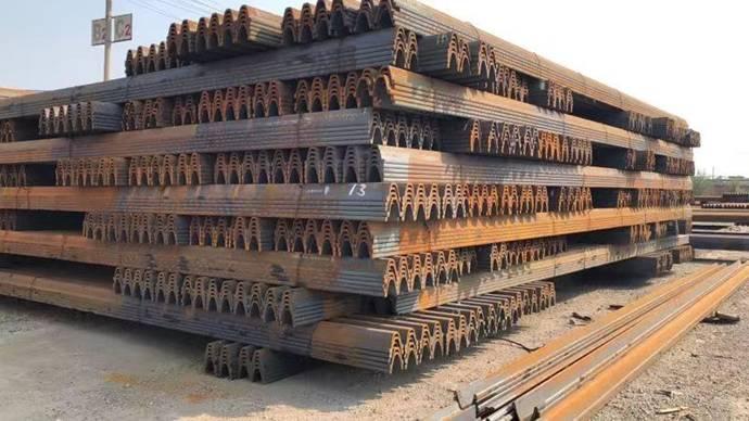 新疆UIC60钢轨价格 乌鲁木齐鑫圣龙钢材供应