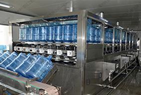 鹤壁一次性壶装水灌装机,灌装机