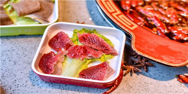 广安鑫枫牧业火锅食材超市十大品牌 服务至上「成都香乐汇餐饮管理供应」