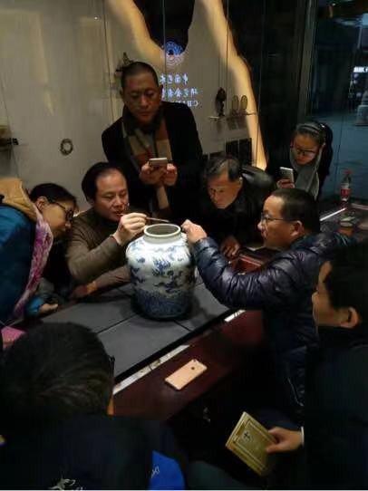 上海王琪人物鄧碧山魚蝦畫古玩城哪里有,古玩城