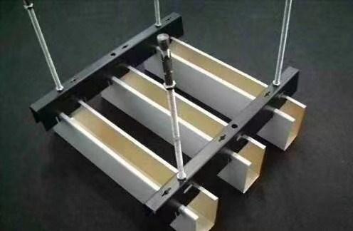 蚌埠铝镁合金吊顶方通批发 诚信服务 蚌埠经济开发区三维扣板广告材料供应