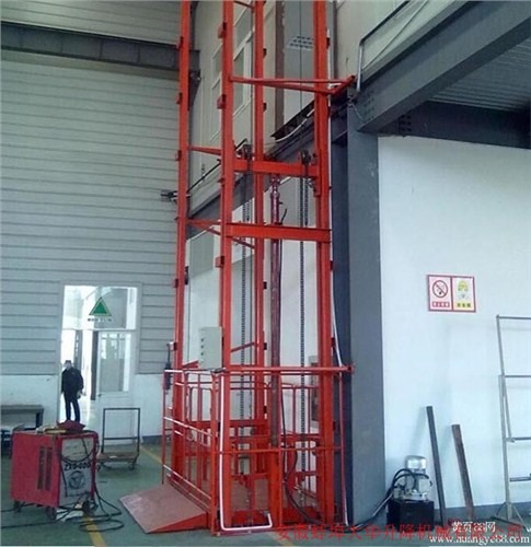 南昌导轨升降机厂家电话 服务为先 蚌埠大华升降机械供应