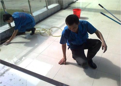On-site service of anti-slip liquid on the ground of Shanxi underground sidewalk