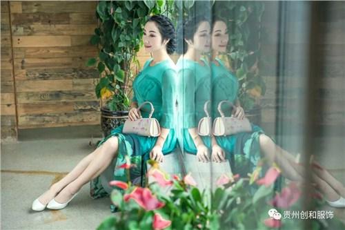 黔灵正规真丝旗袍性价比高 欢迎咨询「贵州创和服饰供应」