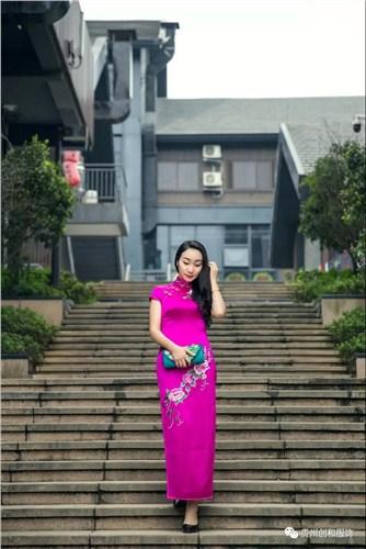 贵州正品长旗袍在线咨询 来电咨询「贵州创和服饰供应」