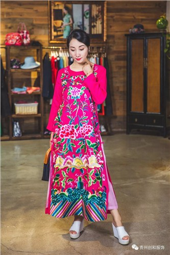 云岩区直销民族服饰性价比高 有口皆碑「贵州创和服饰供应」