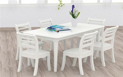 实木幼儿园桌椅多少钱「武汉德力盛游乐设备供应」