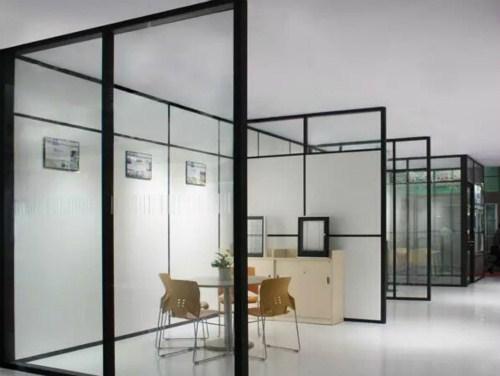 銅仁百葉高隔間玻璃隔斷安裝 貴州鑫宇軒辦公家具供應