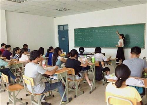 云南省美术培训中心,培训