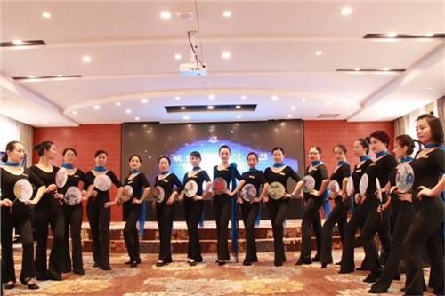 昆明个人礼仪教学机构 服务为先 云南皇礼礼仪学院