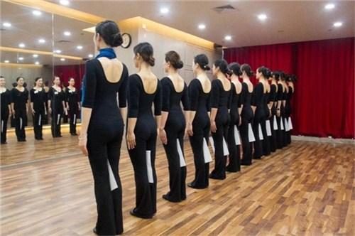 昆明礼仪规范教学 值得信赖 云南皇礼礼仪学院