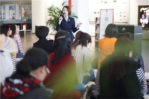 昆明企业员工礼仪导师 服务为先 云南皇礼礼仪学院