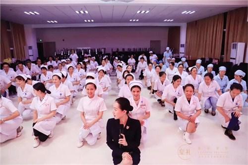 昆明医院礼仪教学老师18108825783 真诚推荐 云南皇礼礼仪学院