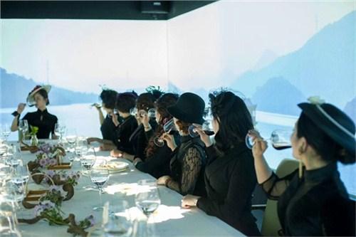 昆明中餐礼仪培训机构4006250898 客户至上 云南皇礼礼仪学院