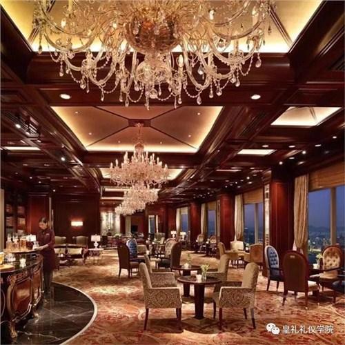 昆明酒店礼仪培训导师4006250898
