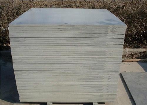 昭通专业托板厂家销售 客户至上 云南嘉缘免烧砖托板厂供应