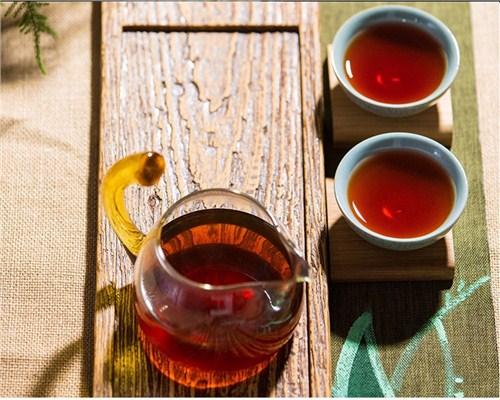 云南邦崴头春古茶阶格,茶
