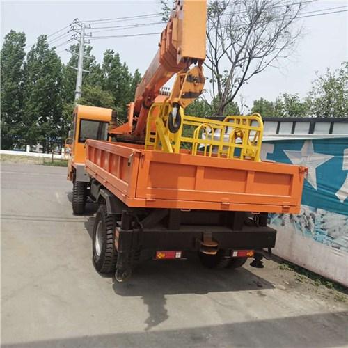 北京建筑工程拉楼板用随车吊现车供应