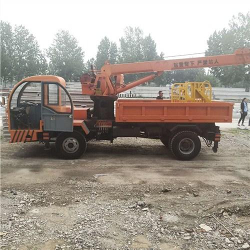 苗圃6吨轮式四驱随车吊可定制,随车吊