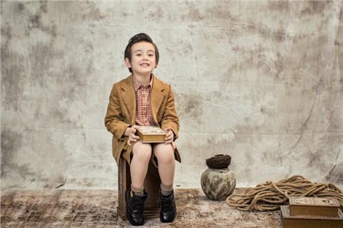郑州儿童写真哪里拍的好 欢迎咨询「卡姆贝贝供应」