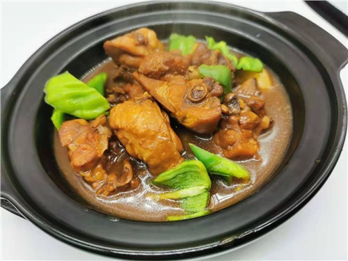 山東餐飲創業黃燜雞廠家直供 誠信經營 滁州市巧妹食品供應