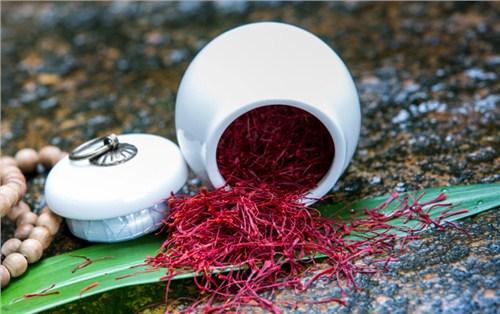 湛江藏紅花泡水喝的好處與壞處 袁州區城東立林商貿供應