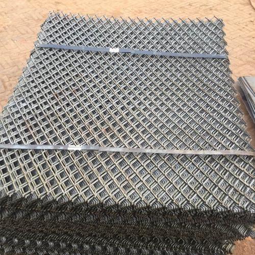 钢板网防 锈钢板网订做 订制钢板网 露润供