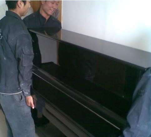 钢琴搬运洛阳钢琴搬运哪家好,钢琴搬运