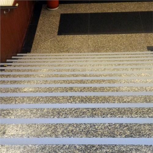 苏州地铁楼梯防滑苏州轻轨楼梯防滑苏州轻轨楼梯防滑处理 群力供