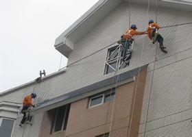 上海高楼外墙清洗单价 昆山佳泰环保科技供应