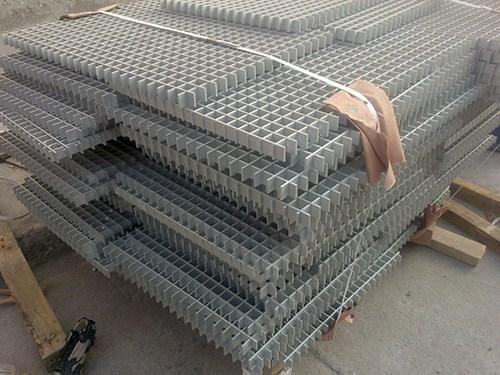 哈尔滨铝合金踏步走台省钱 欢迎咨询「上海锦铝金属制品供应」