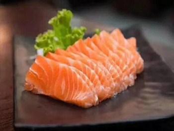 江苏口感好海鲜自助餐 创新服务「昆彭供」