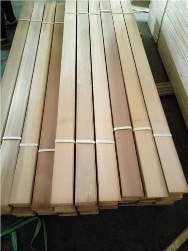 上海優質紅雪松多少錢 上海圣特豪森木結構供應