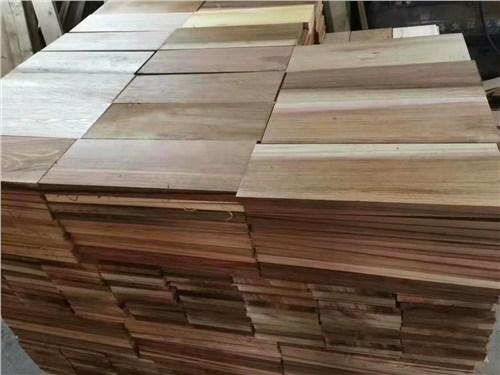 湖南口碑好紅雪松銷售廠家 上海圣特豪森木結構供應