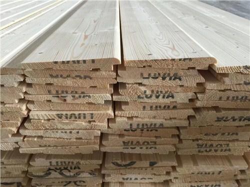 上海专业樟子松护墙板厂家供应