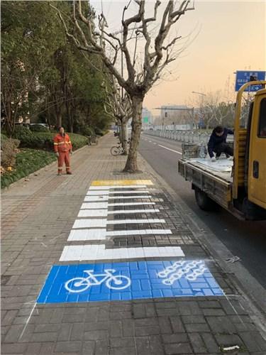 通用道路设施上门安装 欢迎咨询「上海扬鸣交通设施工程供应」